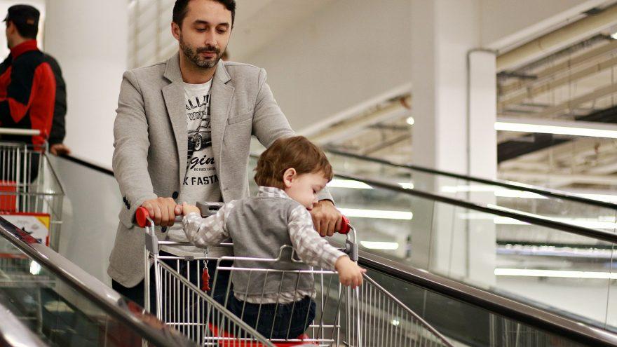 parent baby in cart