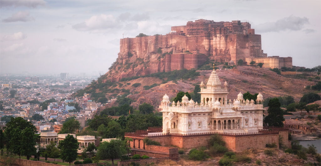 Jaswanth Thada mausoleum
